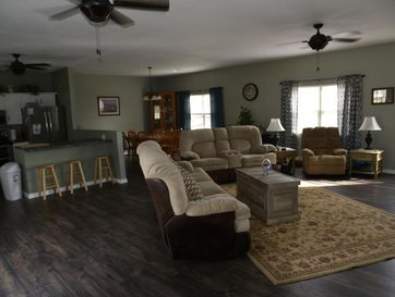 3253 Oak Grove Circle Flemington, MO 65650 - Image 1