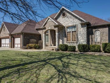 1521 East Wood Oaks Springfield, MO 65804 - Image 1
