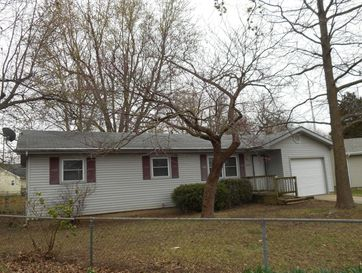 324 South Ken Avenue Springfield, MO 65802 - Image 1