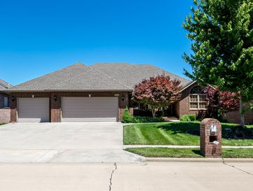 4512 English Ivy Avenue Springfield, MO 65804 - Image 1