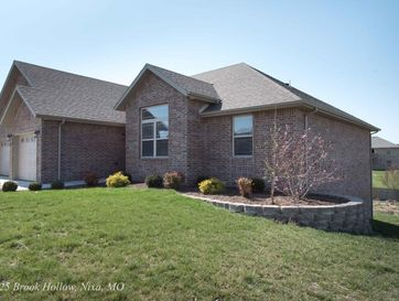 1925 North Brookhollow Drive Nixa, MO 65714 - Image 1