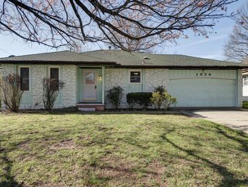 1026 East Cambridge Street Springfield, MO 65807 - Image 1