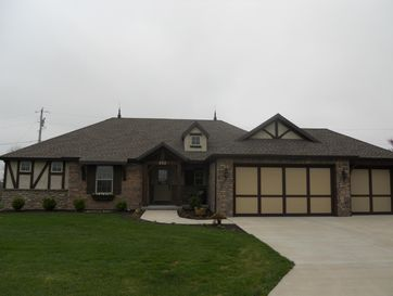 202 Dunkle Drive Marionville, MO 65705 - Image 1