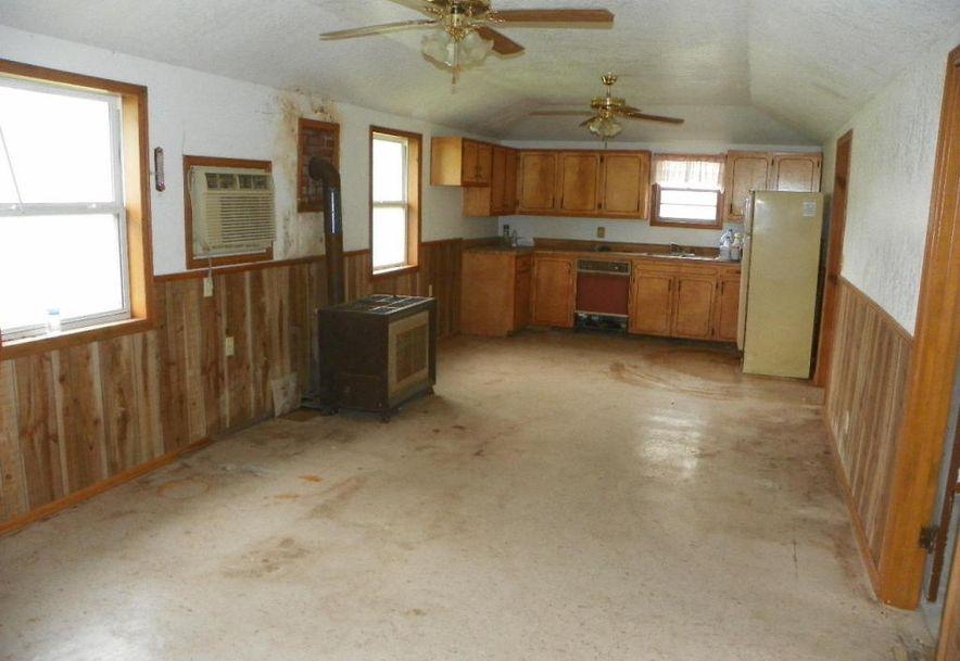 10798 Highway 5 Grovespring, MO 65662 - Photo 2