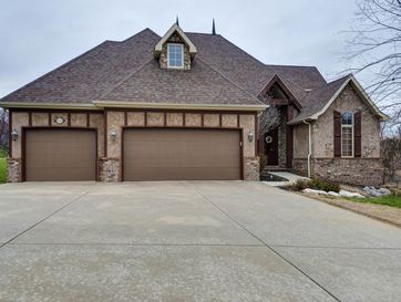 1629 East Oak Creek Springfield, MO 65804 - Image 1