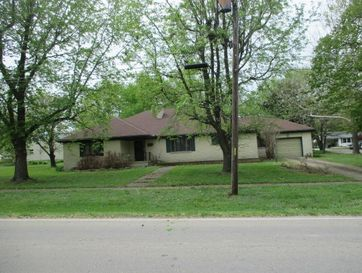623 North Maple Street Buffalo, MO 65622 - Image 1