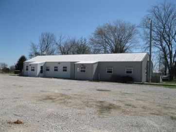 4990 East 54 El Dorado Springs, MO 64744 - Image 1