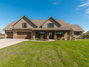 825 Legacy Farm Road Saddlebrooke, MO 65630 - Image 1