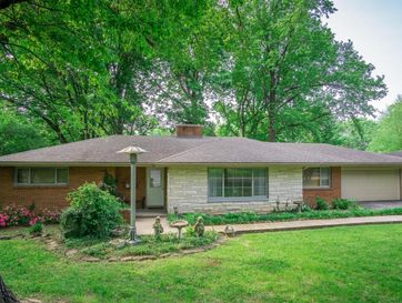 2860 East Crestview Street Springfield, MO 65804 - Image 1