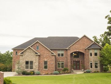 3957 Red Fox Run Joplin, MO 64804 - Image 1