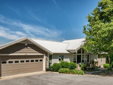 103 White Rockbluff Drive Reeds Spring, MO 65737 - Image 1
