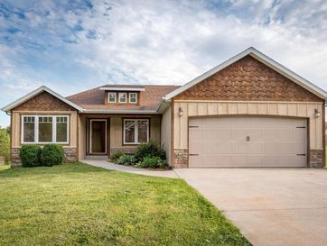 327 Arrowhead Circle Rockaway Beach, MO 65740 - Image 1