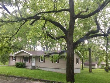 901 South 6th Avenue Ozark, MO 65721 - Image 1
