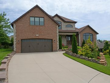 1324 East Lakepoint Court Springfield, MO 65804 - Image 1