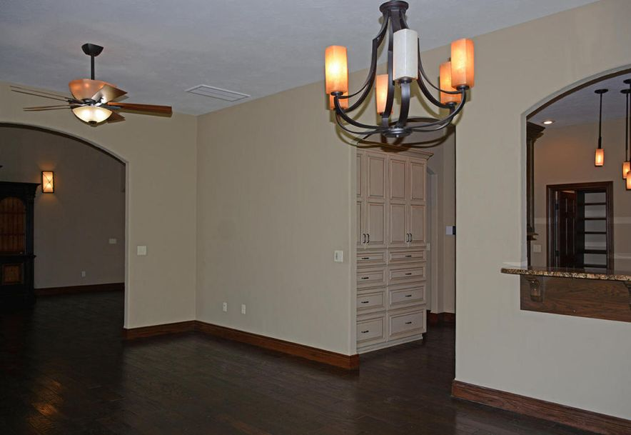 1324 East Lakepoint Court Springfield, MO 65804 - Photo 24