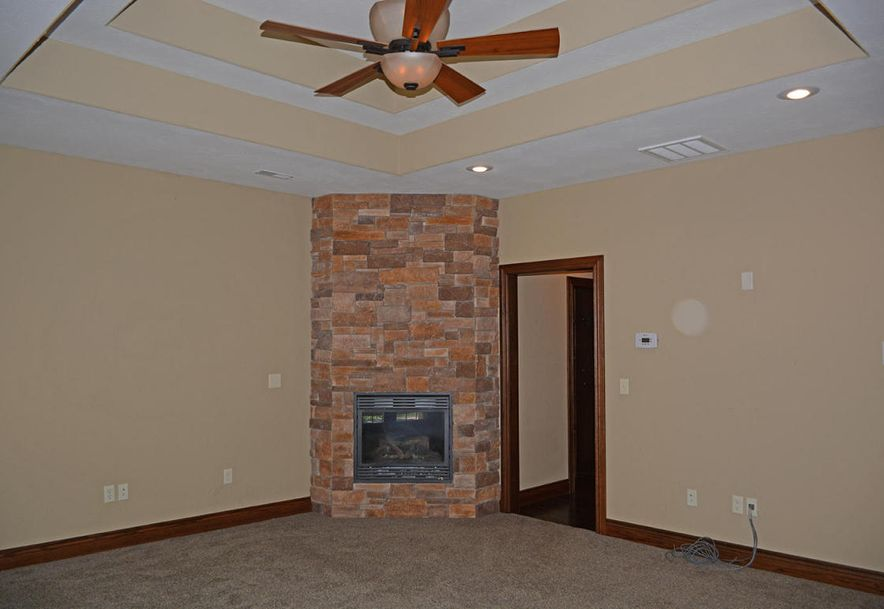 1324 East Lakepoint Court Springfield, MO 65804 - Photo 37