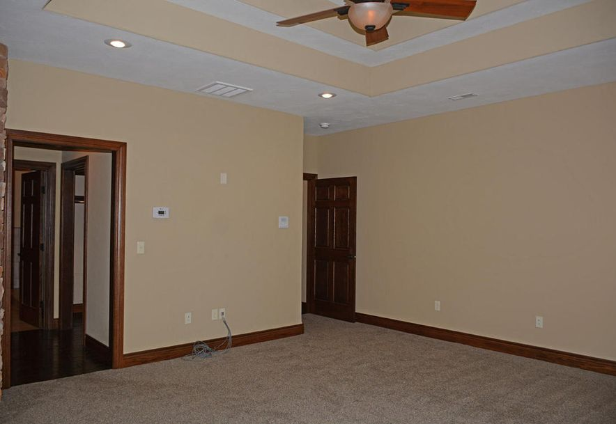 1324 East Lakepoint Court Springfield, MO 65804 - Photo 38