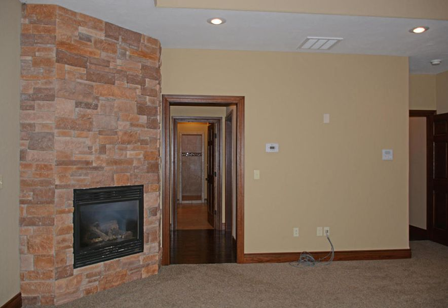 1324 East Lakepoint Court Springfield, MO 65804 - Photo 39