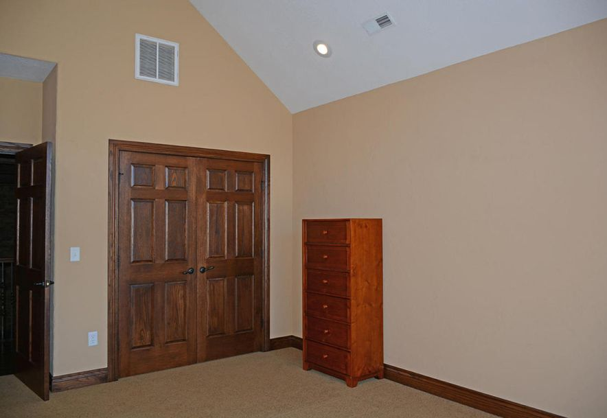 1324 East Lakepoint Court Springfield, MO 65804 - Photo 48