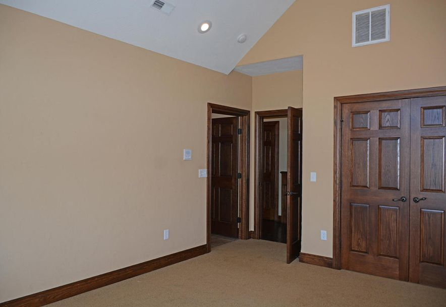 1324 East Lakepoint Court Springfield, MO 65804 - Photo 49