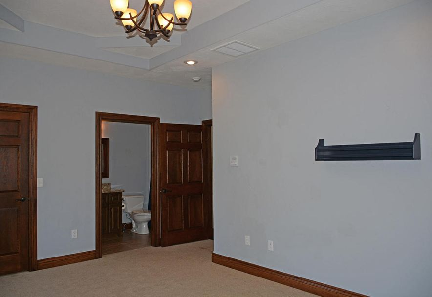 1324 East Lakepoint Court Springfield, MO 65804 - Photo 58
