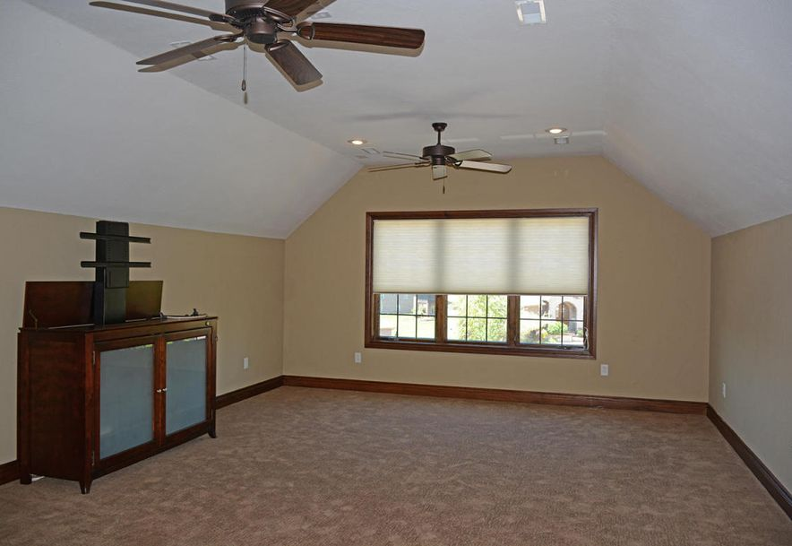 1324 East Lakepoint Court Springfield, MO 65804 - Photo 62