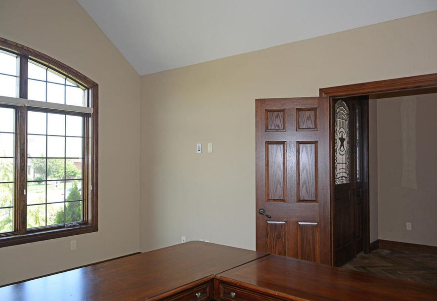 1324 East Lakepoint Court Springfield, MO 65804 - Photo 10