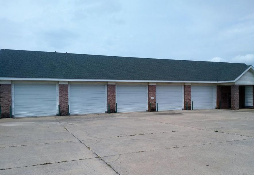 608 East Collier Marionville, MO 65705 - Photo 2