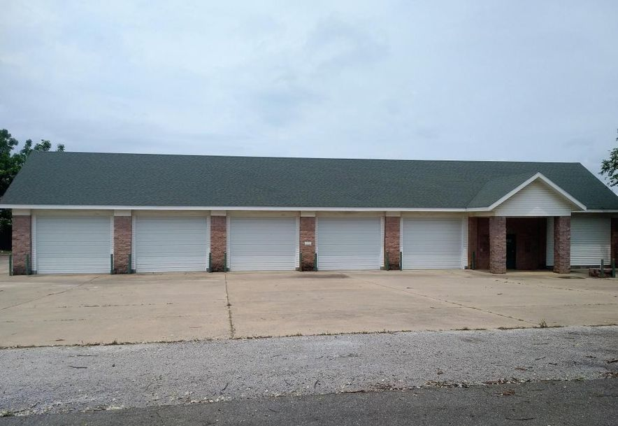 608 East Collier Marionville, MO 65705 - Photo 5