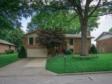 2936 South Brentmoor Avenue Springfield, MO 65804 - Image 1