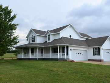 1504 Cologna Road Marshfield, MO 65706 - Image 1