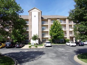 730 Emerald Pointe Drive #135 Hollister, MO 65672 - Image 1