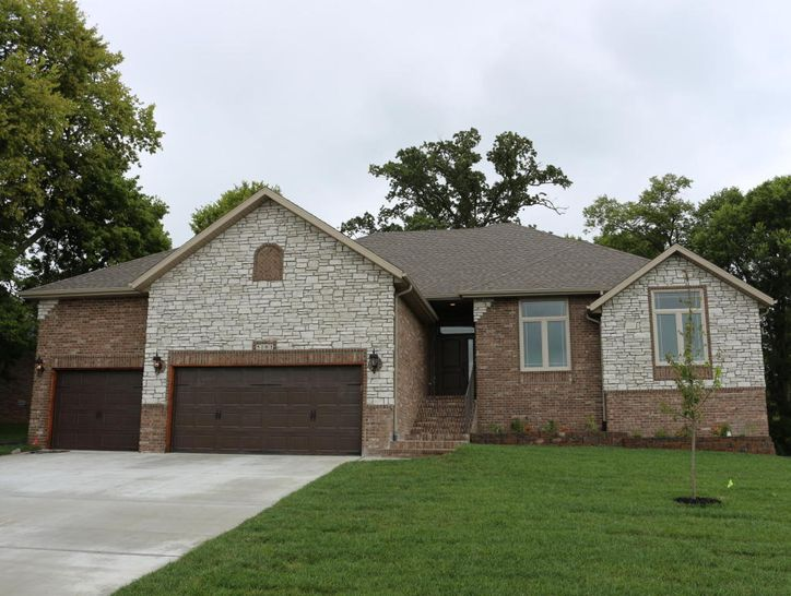 Photo of 5101 East Wild Horse Drive