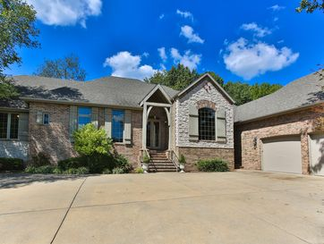 4825 South Sydney Avenue Springfield, MO 65810 - Image 1