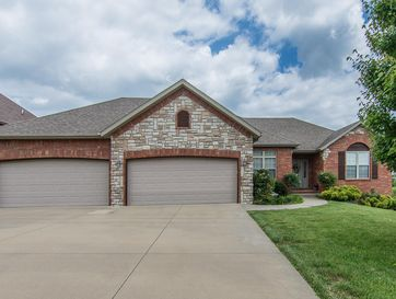 5904 South Nettleton Avenue Springfield, MO 65810 - Image 1