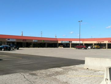 1329-1333 Spur Drive Marshfield, MO 65706 - Image 1