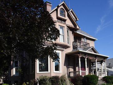 Photo of 427 South Grant Avenue