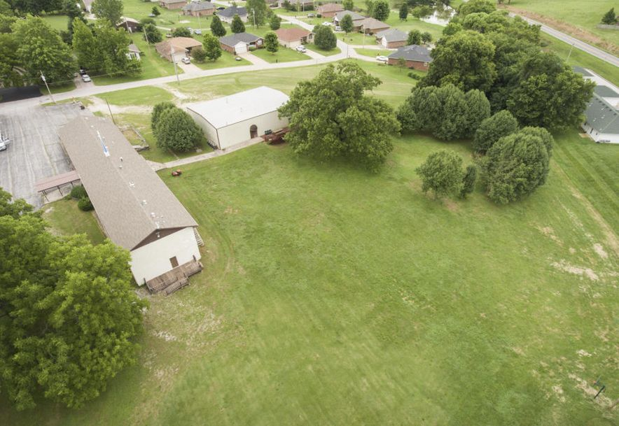 208 East Valley View Drive Walnut Grove, MO 65770 - Photo 4