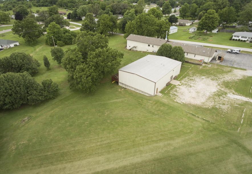 208 East Valley View Drive Walnut Grove, MO 65770 - Photo 8
