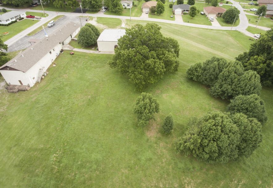 208 East Valley View Drive Walnut Grove, MO 65770 - Photo 9