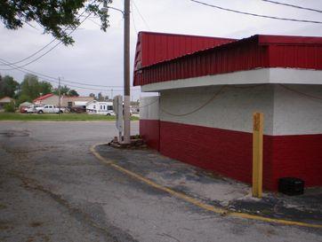 Photo of 129 Southwest Elm Street