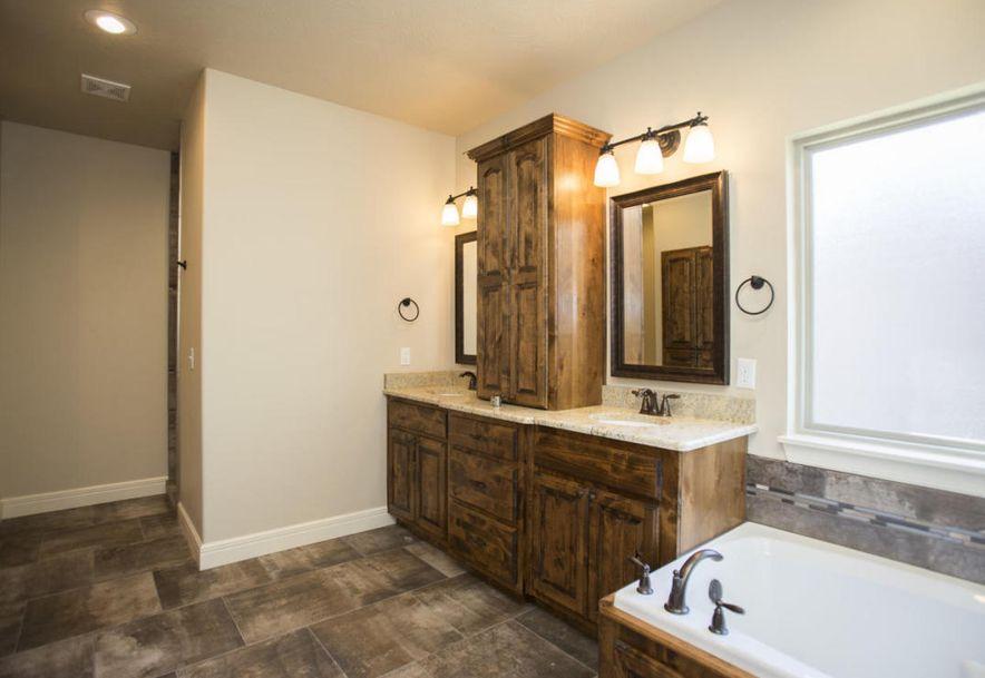 415 West Everwood Way Nixa, MO 65714 - Photo 17