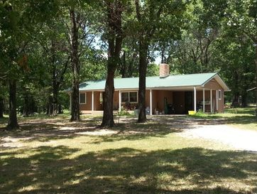 79 Hillcrest Drive Louisburg, MO 65685 - Image 1
