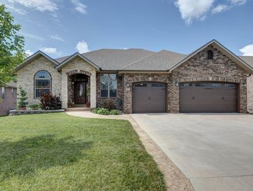887 West Chestnut Bend Circle Nixa, MO 65714 - Image 1