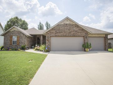 1166 South Maple Grove Avenue Springfield, MO 65804 - Image 1
