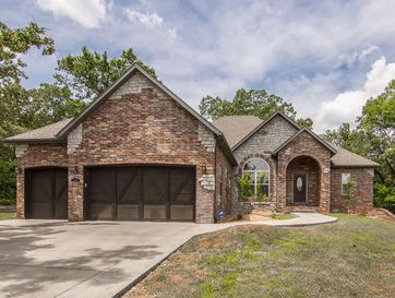 195 Madison Valley Lane Kirbyville, MO 65679 - Image 1