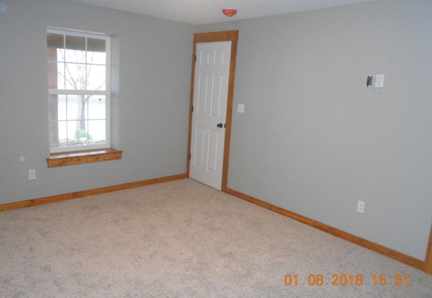 324 Tina Street Hollister, MO 65672 - Photo 20