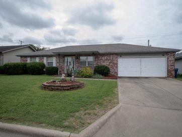 210 West Hunter Drive Nixa, MO 65714 - Image 1