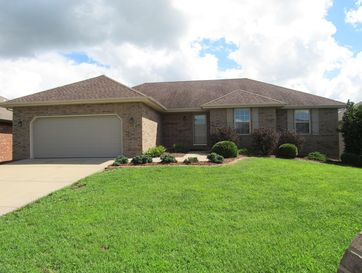 5358 West Applewood Street Springfield, MO 65802 - Image 1