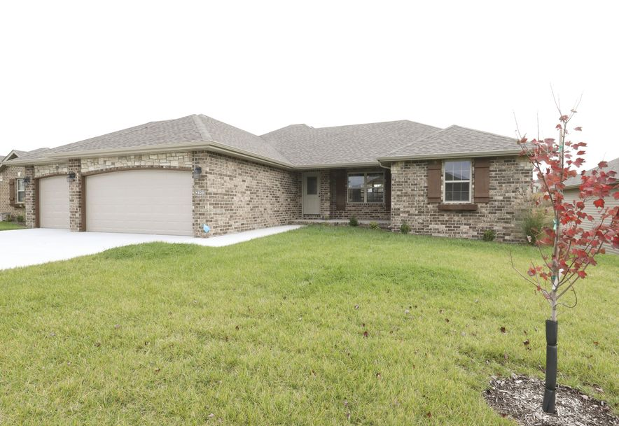 4638 West Oneida Drive Springfield, MO 65802 - Photo 1